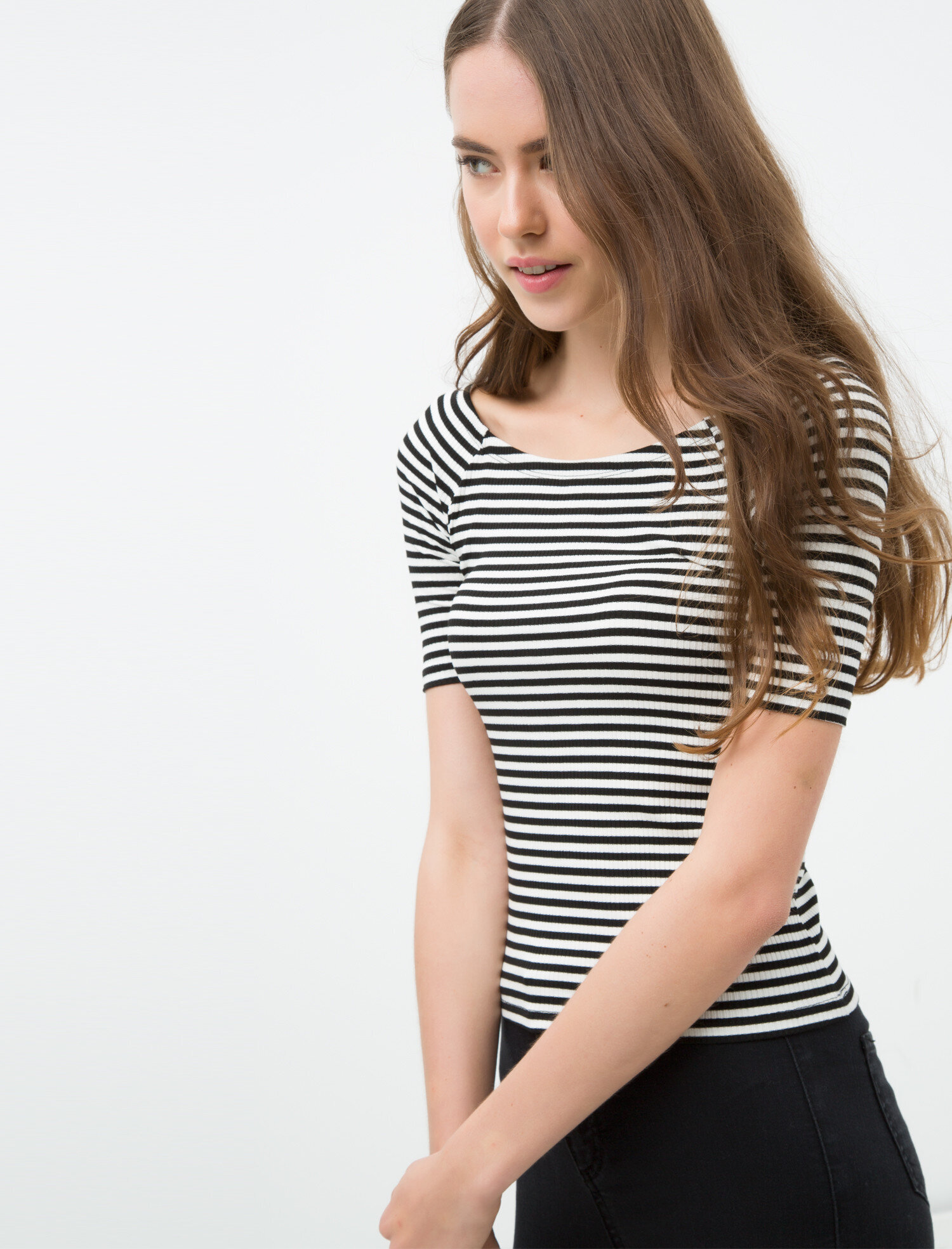 778a40cd5a26e Beyaz Çizgili Bayan Çizgili Uzun Kollu T-Shirt 6KAL11395JK24M | Koton
