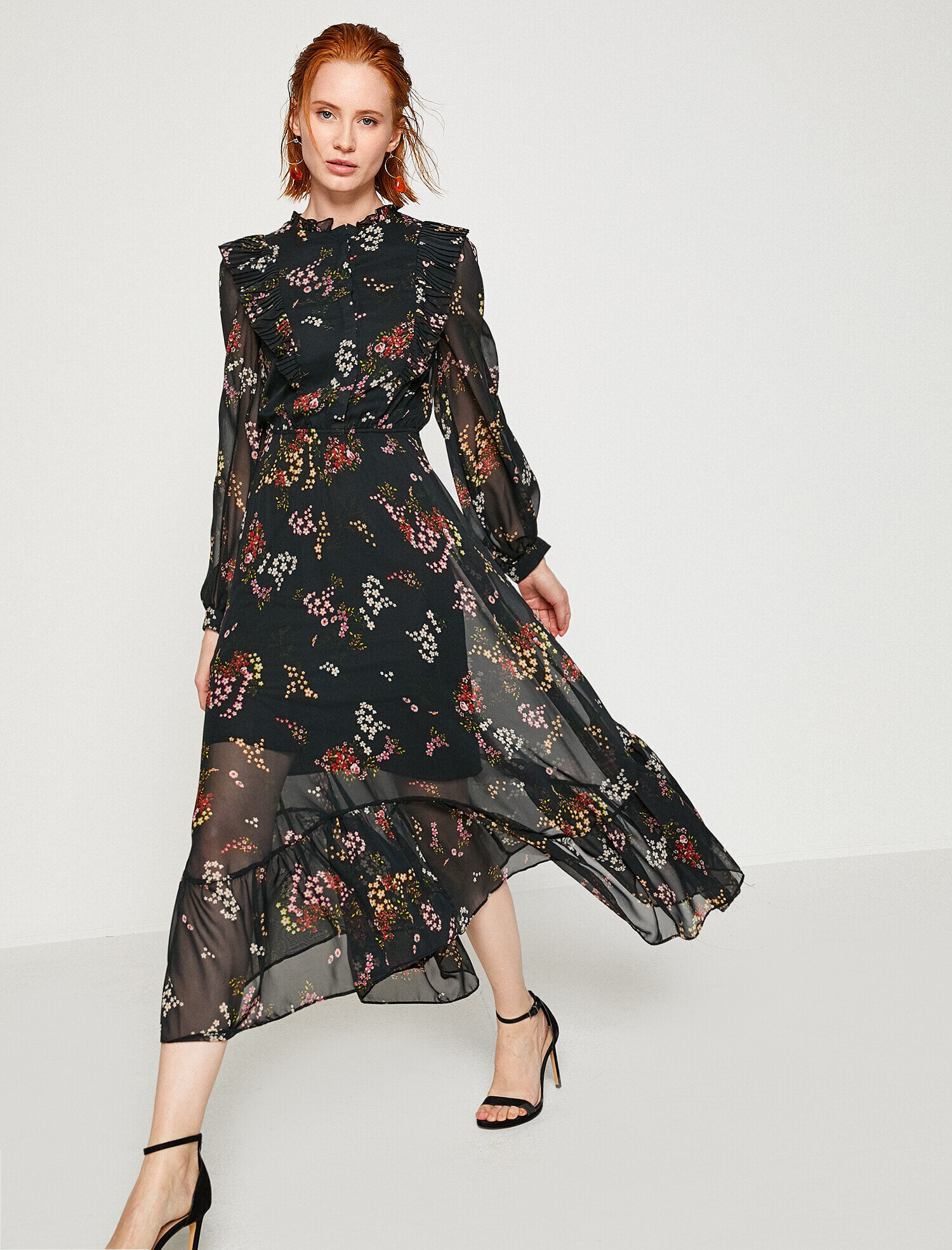 1f1cc5f0fa0d1 Siyah Bayan Çiçekli Elbise 8YAK88396PW07D   Koton