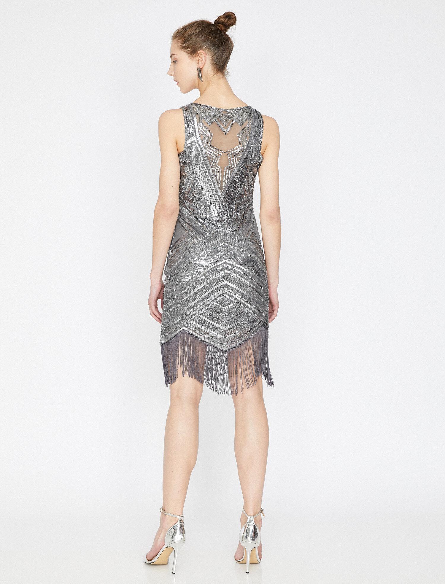 Koton Pul Detaylı Gri Mini Elbise