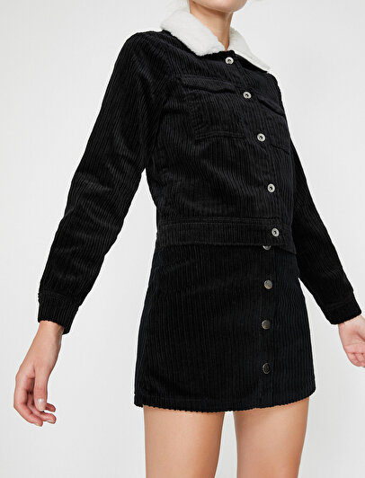 Faux Fur Detailed Velvet Coat