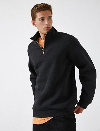 Half Zipped Basic Sweatshirt