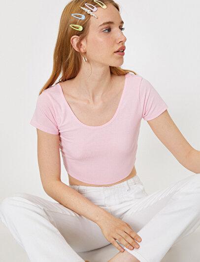 Oyuk Yaka T-Shirt