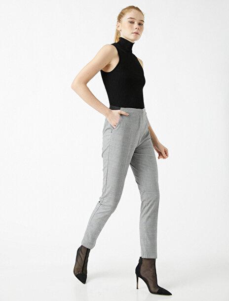 Koton Kadın Ekose Slim Crop Pantolon