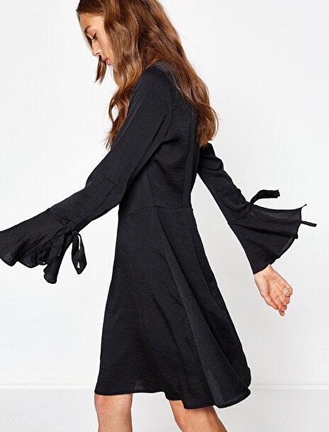 Koton Kadın Firfir Detayli Elbise