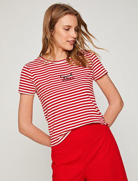 Kadın Aplikeli T-Shirt