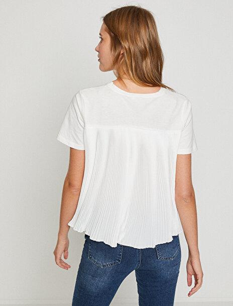 Kadın Pilili T-Shirt
