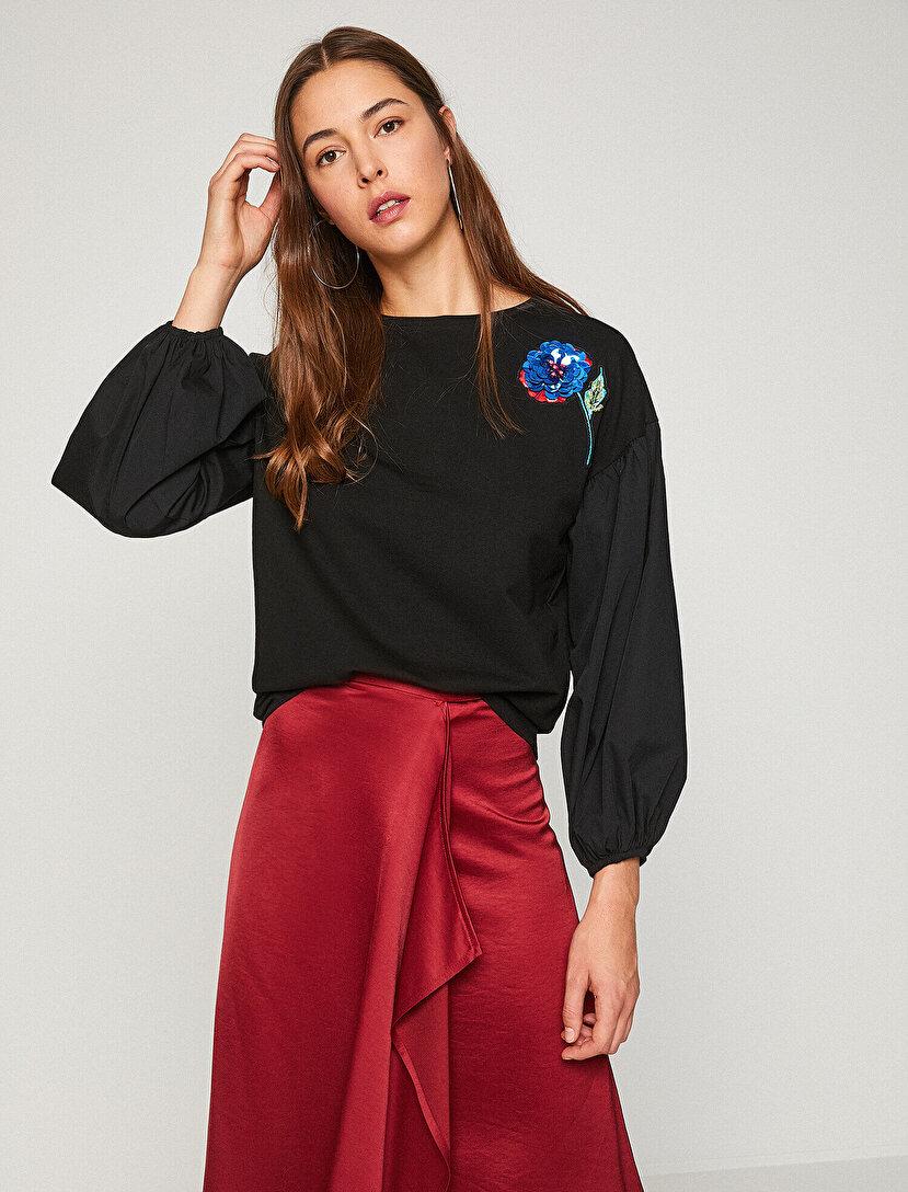 Pul İşlemeli Sweatshirt