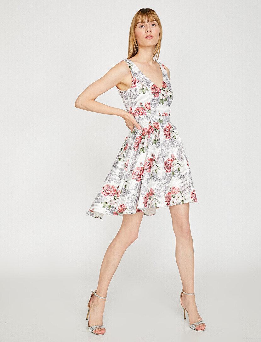 ce3f2c46d79e4 Çiçekli Elbise Modelleri & Çiçekli Elbise Fiyatları 2019 | Koton