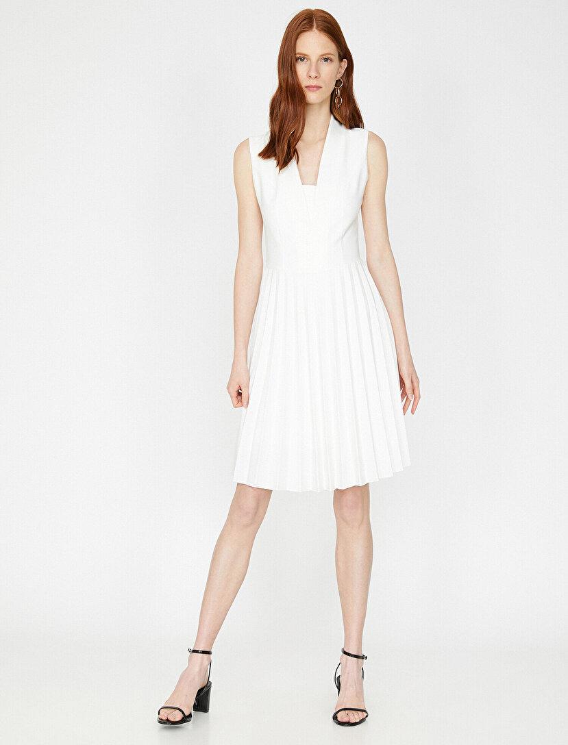 69cb841f525b0 Bayan Elbise Modelleri, Çiçekli Elbise ve Elbise Fiyatları   Koton