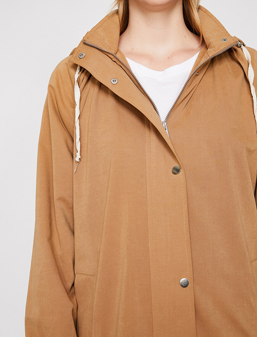 Zipper Detailed Trenchcoat