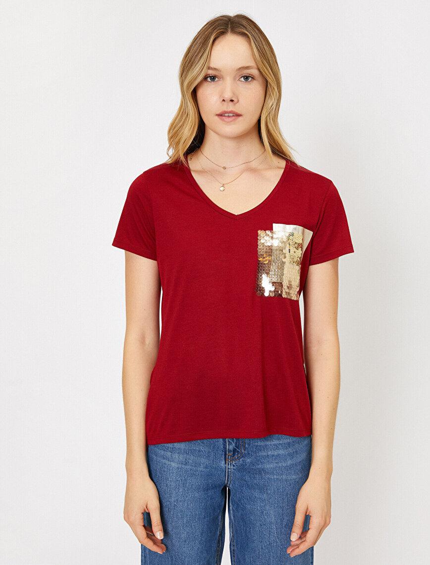Pul Detaylı T-Shirt