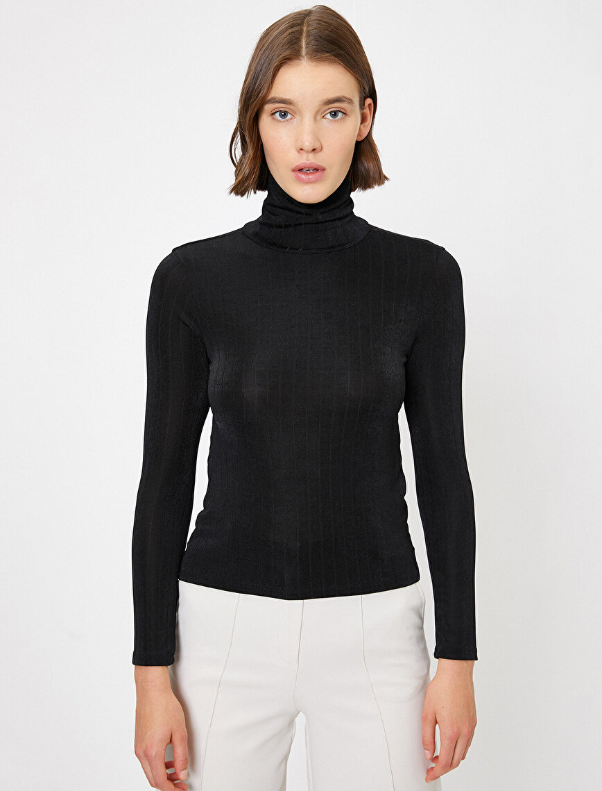 Turtle Neck T-Shirt