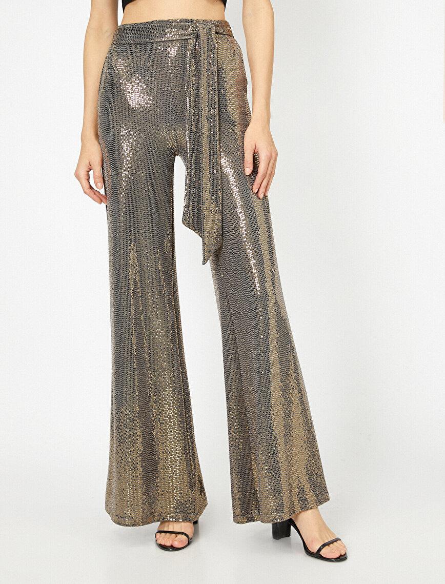 Pul Detaylı Pantolon