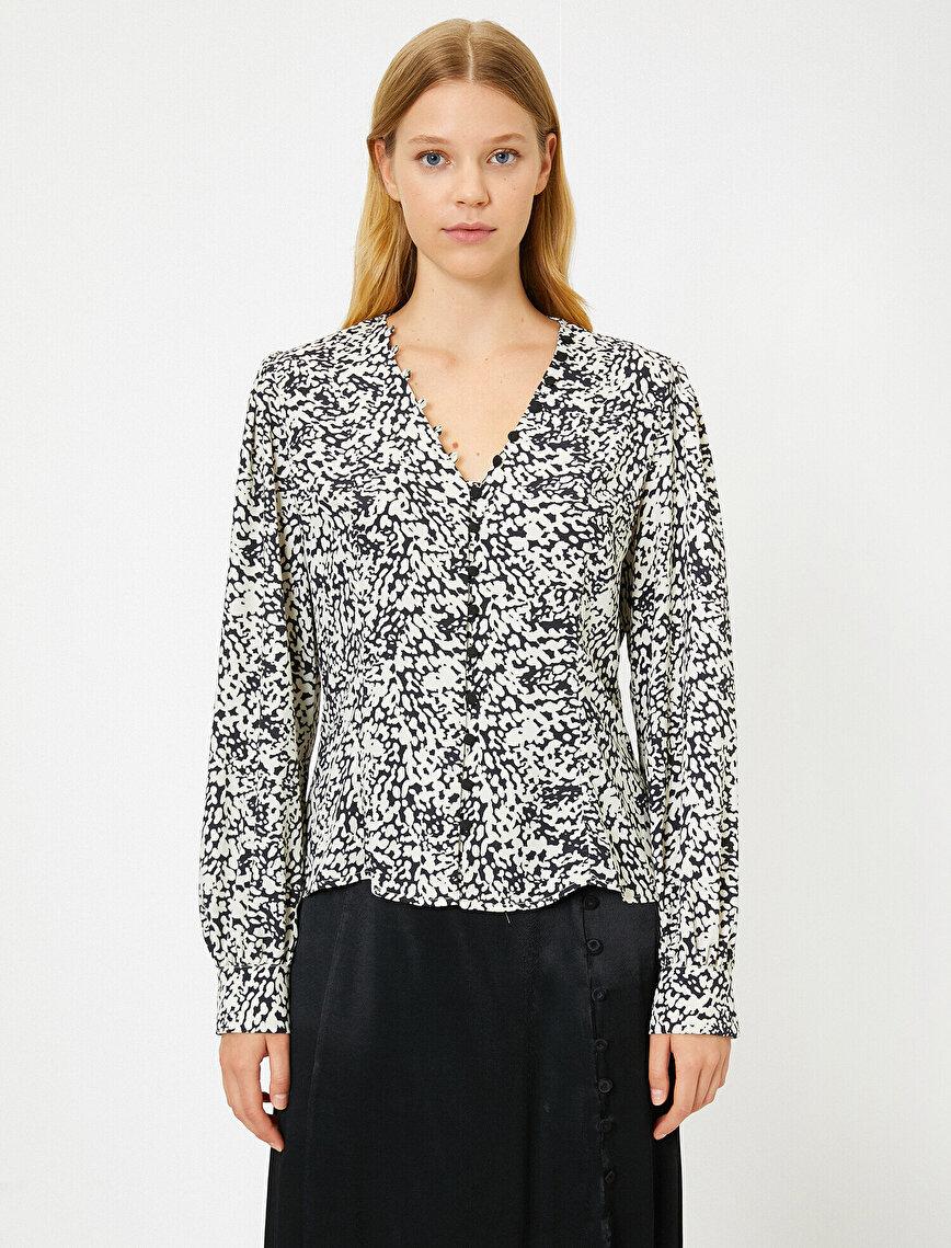 Leopar Desenli Düğme Detaylı Bluz