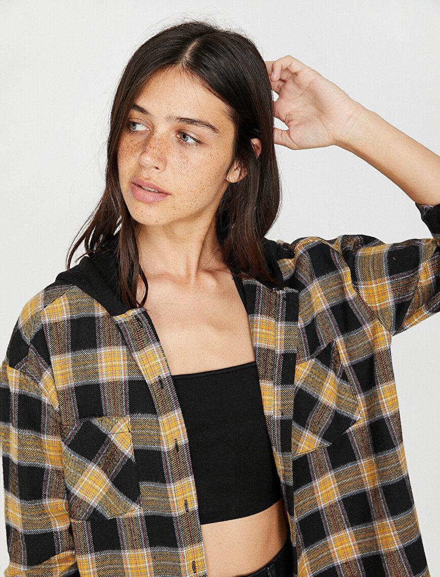 Kapüşonlu Gömlek