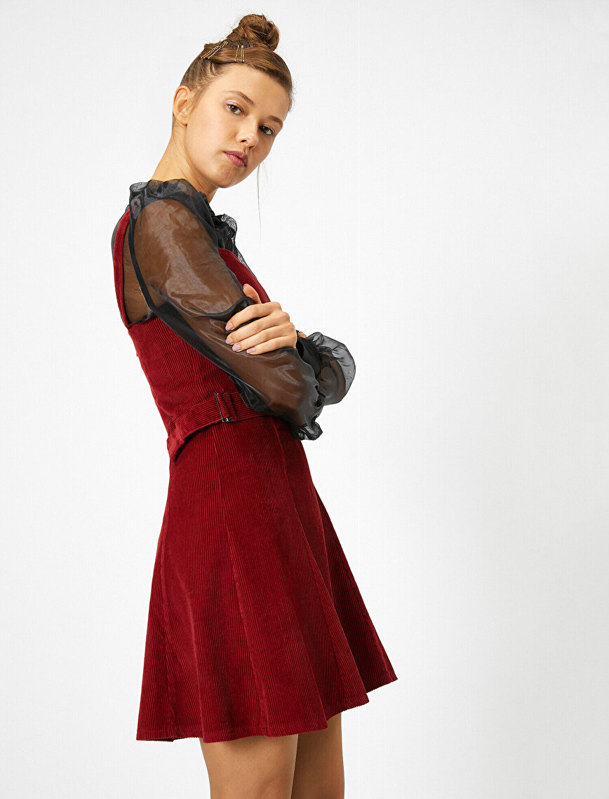 Kemer Detaylı Kadife Elbise