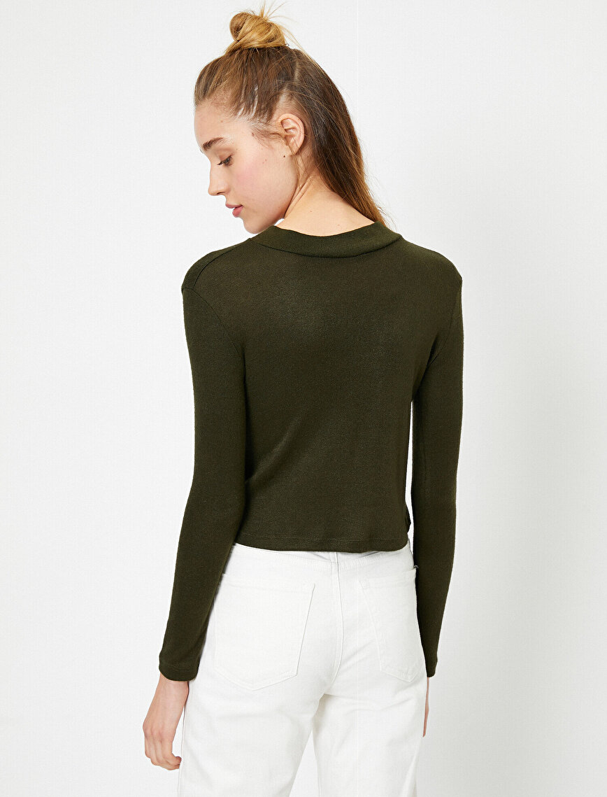 Neck Detailed Jumper
