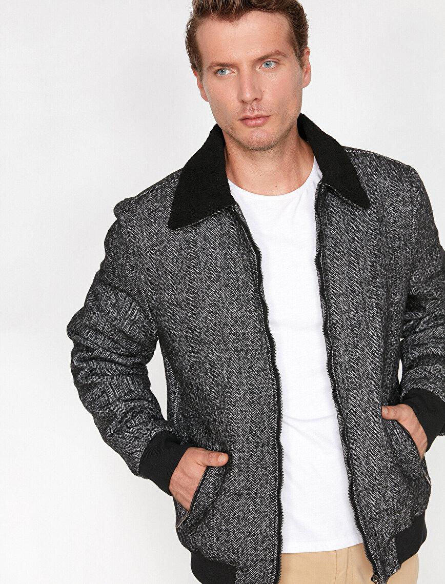 Pocket Detailed Coat