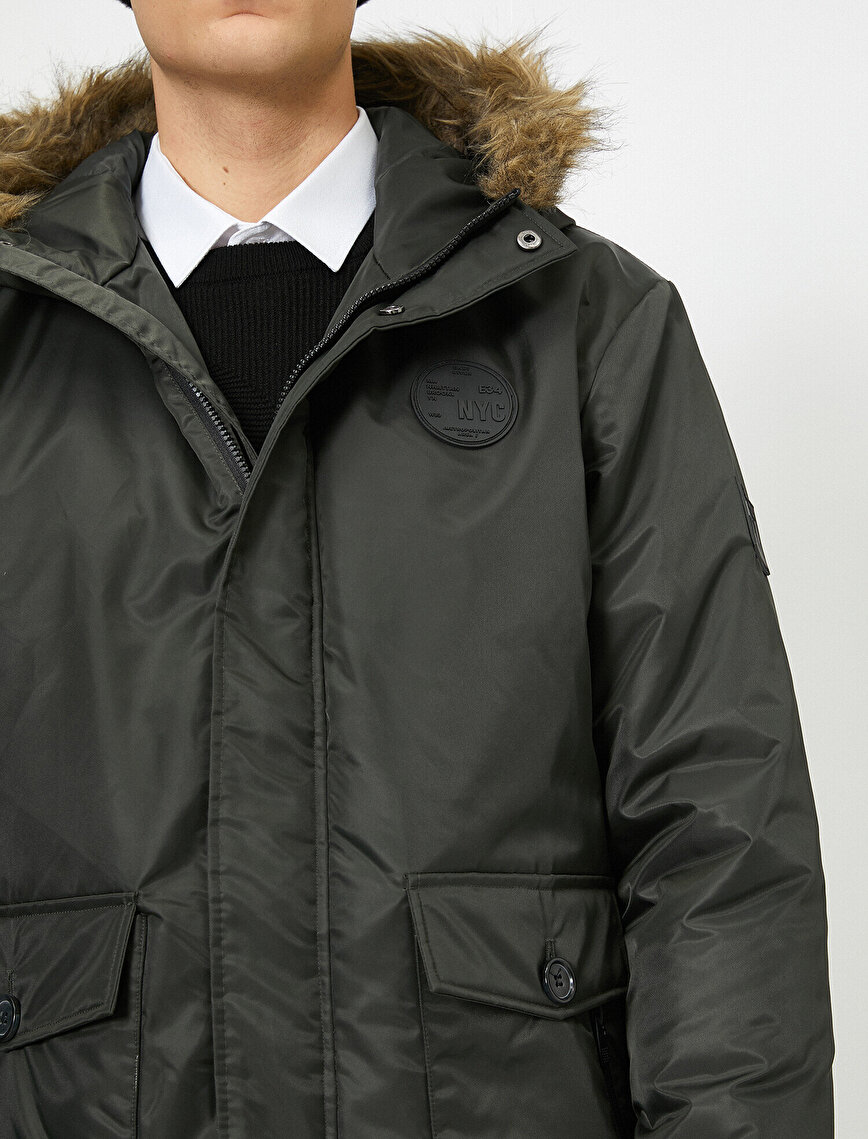 Faur Fux Detailed Coat
