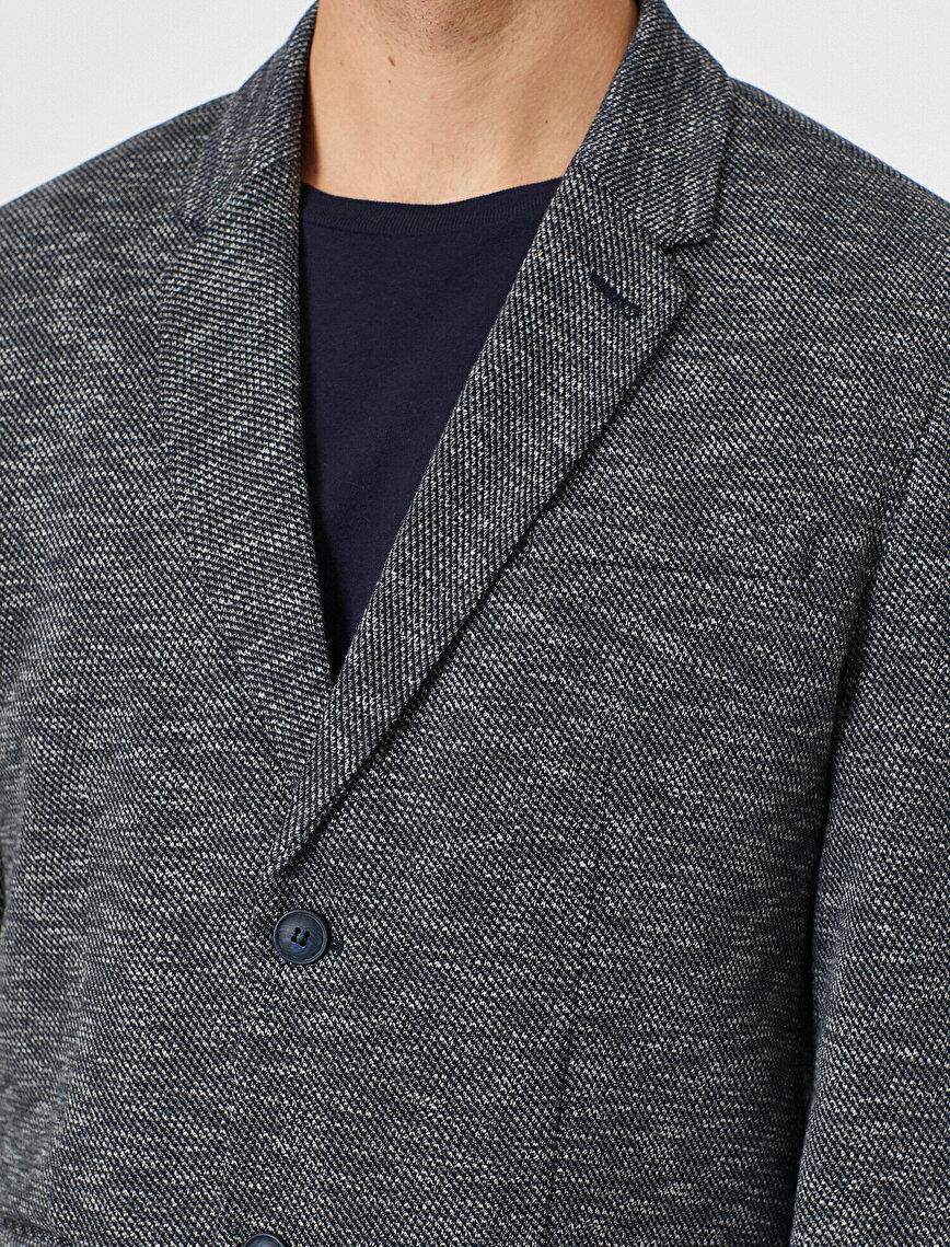 Button Detaled Jacket