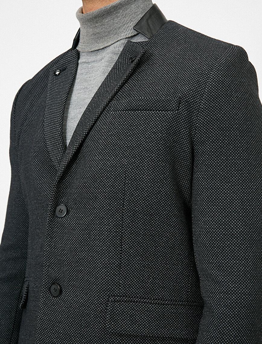 Düğme Detaylı Ceket