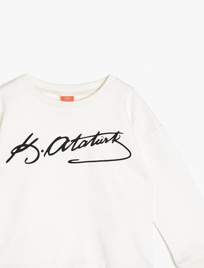 Atatürk İmzası Baskılı Sweatshirt