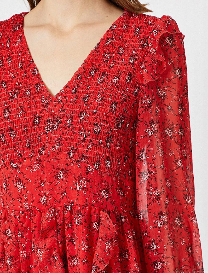V Yaka Çiçek Desenli Fırfır Detaylı Mini Elbise