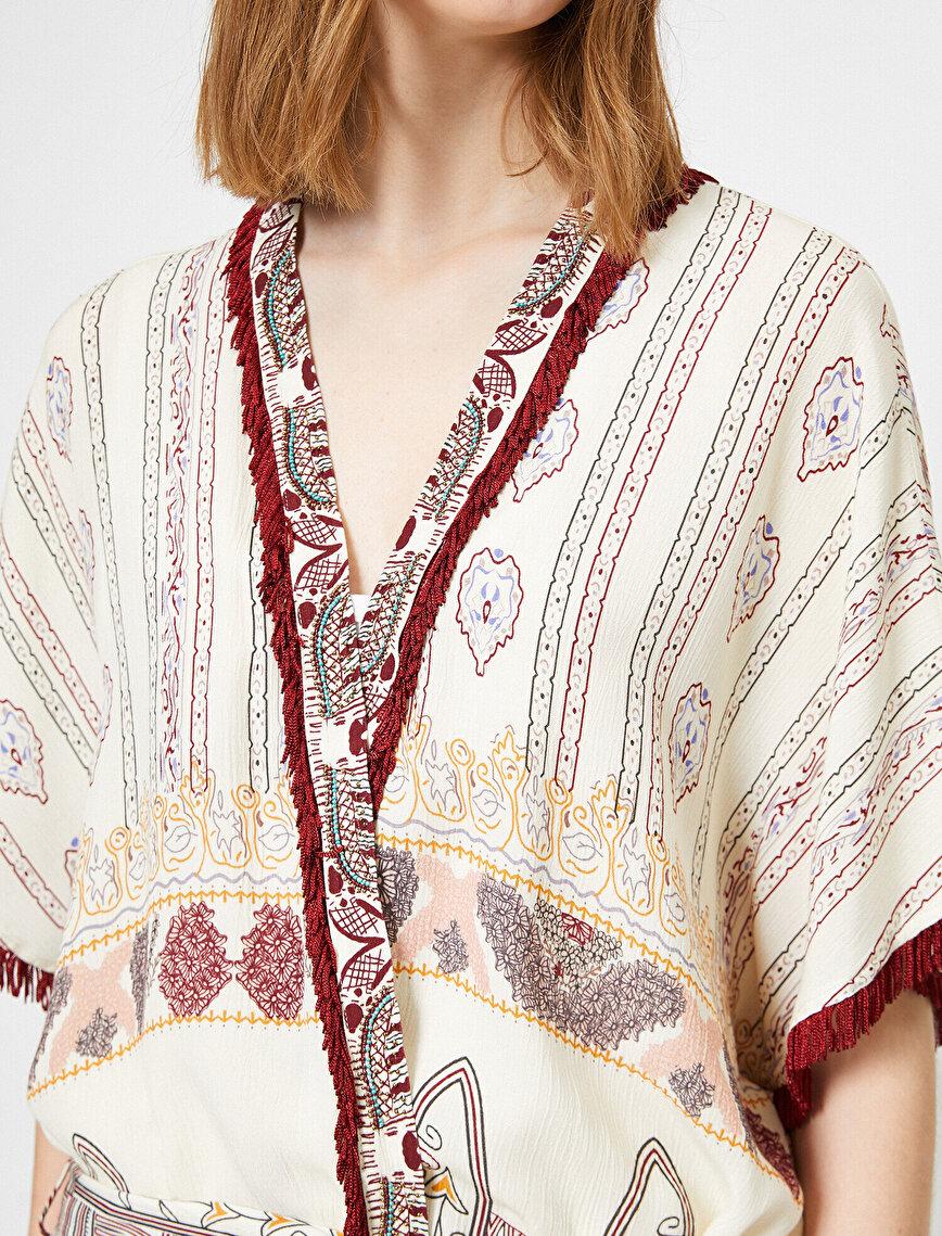 Beads Detailed Kimono