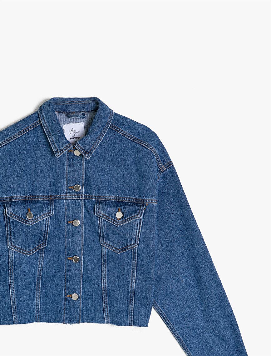 Arzu Sabancı for Koton Yakası Baskılı Crop Jean Ceket