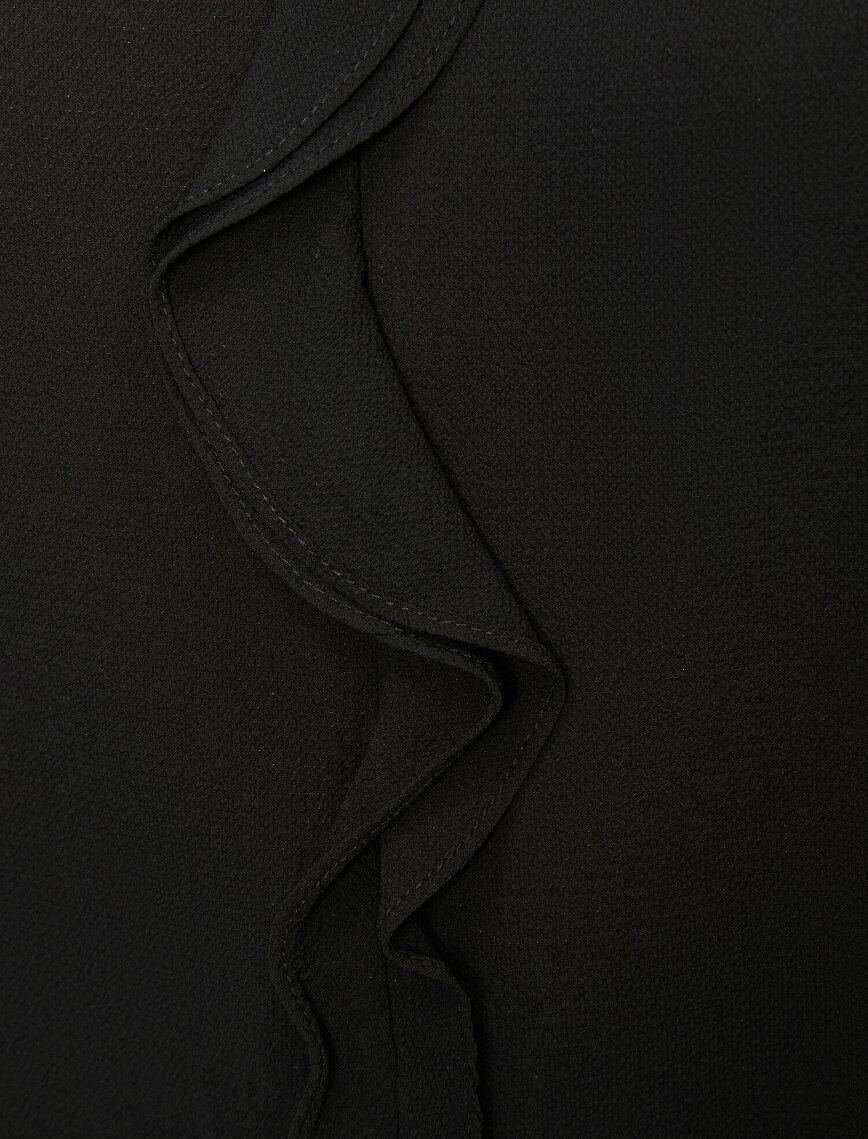 Volan Detaylı Bluz