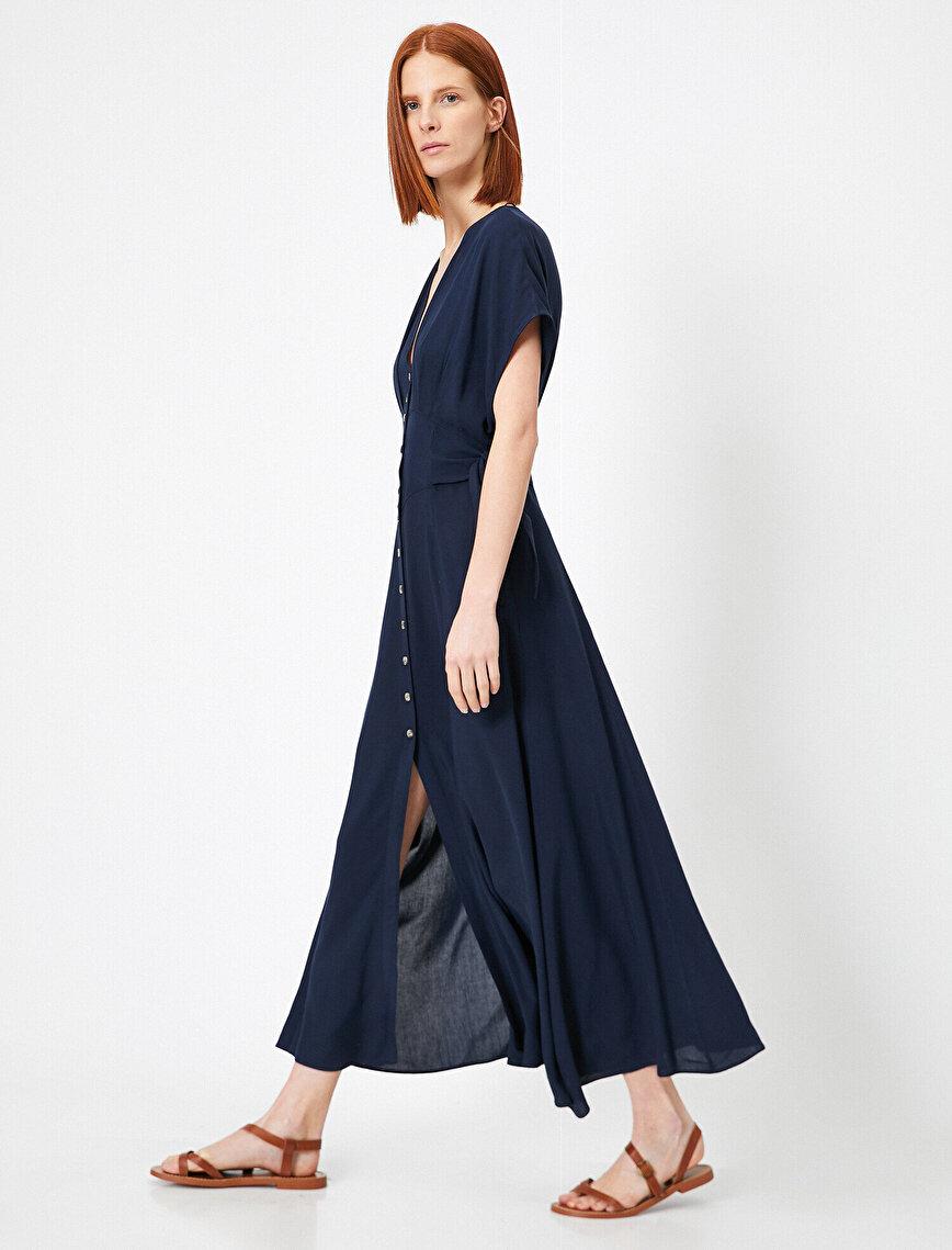 V Yaka Gömlek Elbise