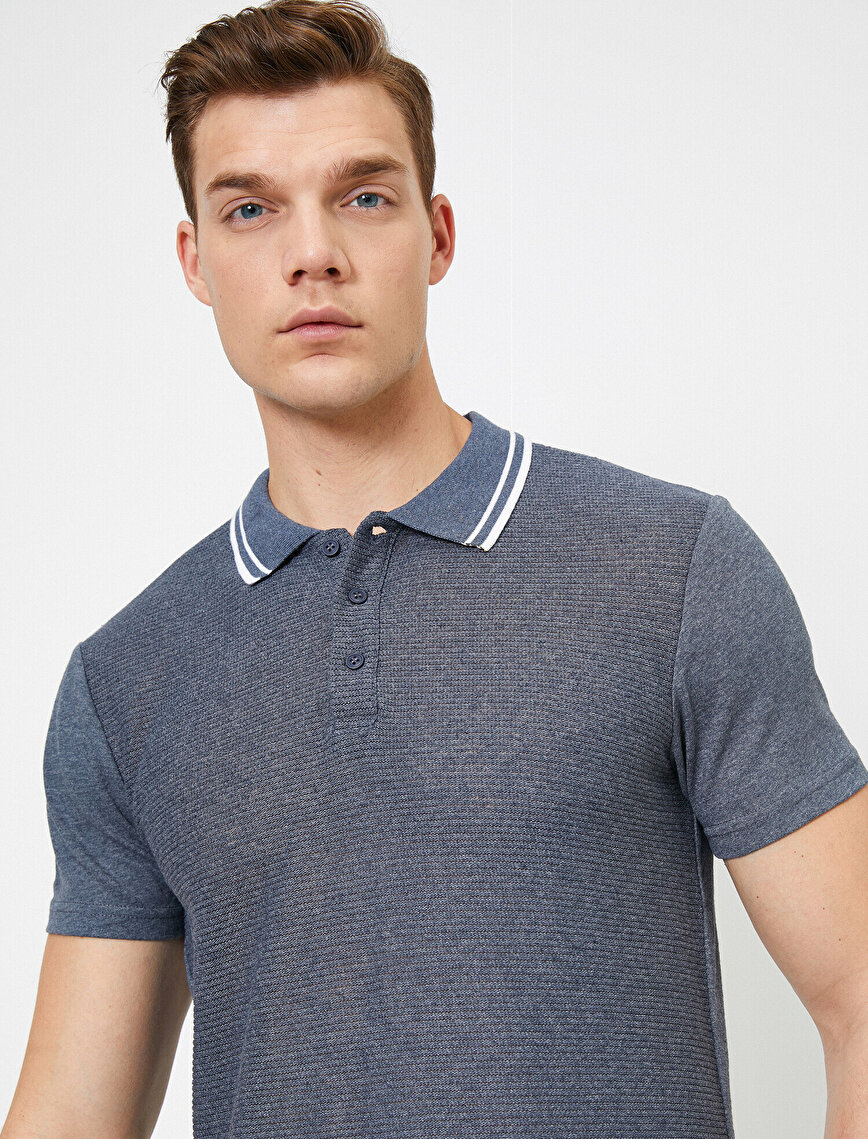 Polo Neck -T-Shirt