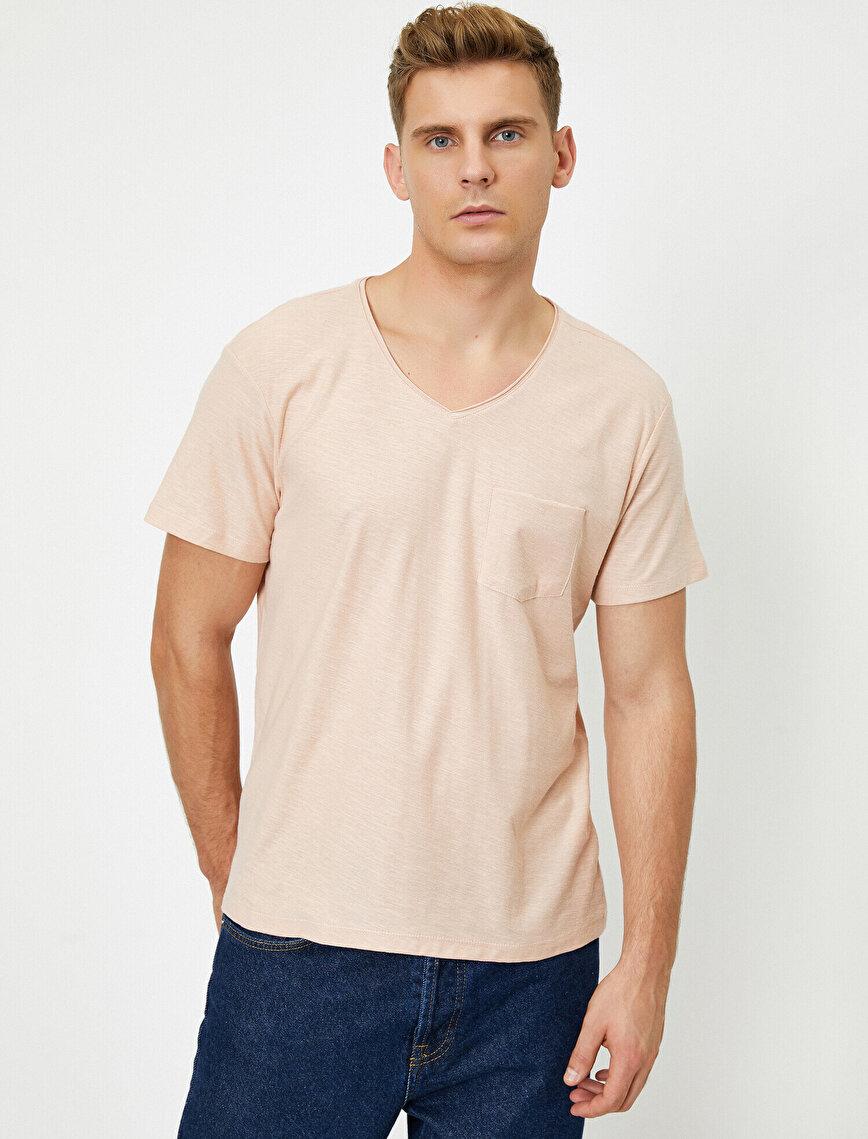 V Yaka Cebi Flamlı Slim Fit Basic Tişört