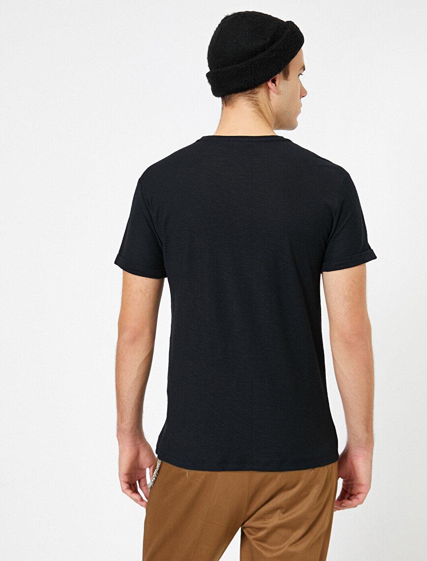 Bisiklet Yaka Cep Detaylı Flamlı Kumaş Slim Fit Basic Tişört