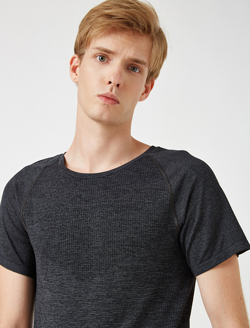 Crew Neck Short Sleeve Slim T-Shirt