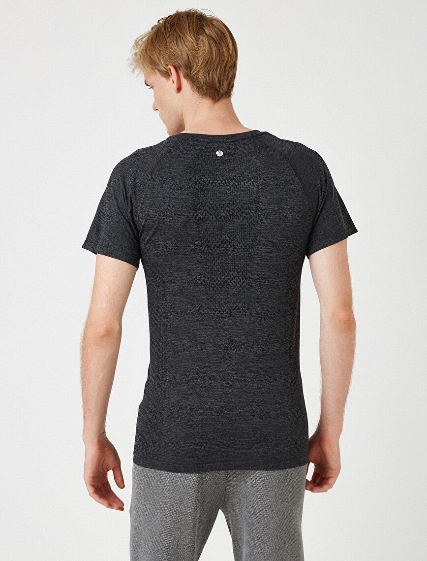 Bisiklet Yaka Kısa Kollu Slim Tişört