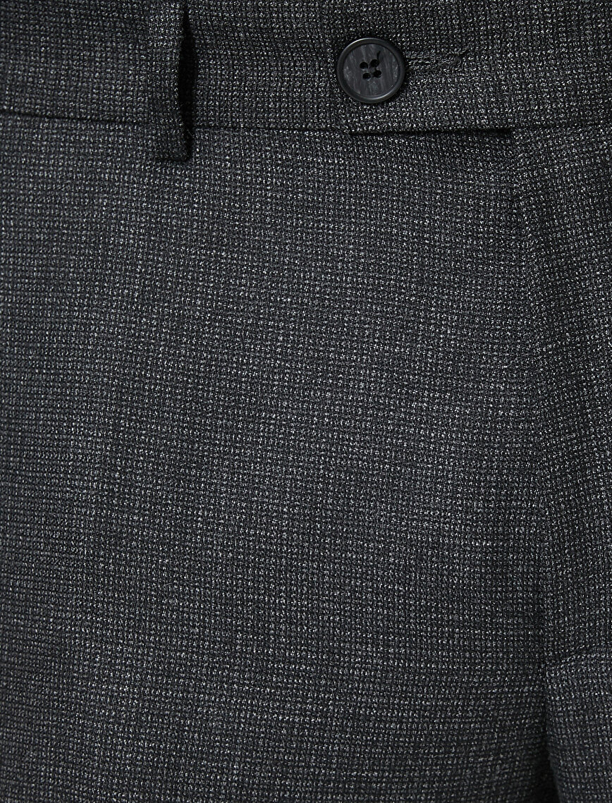 Pocket Detailed Trosuers