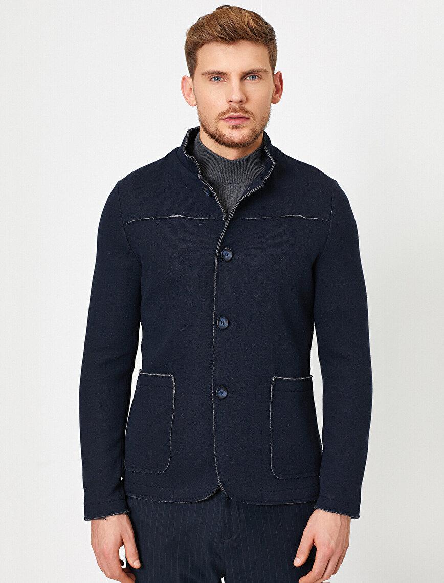 Dik Yakalı Cepli Düğmeli Blazer Ceket