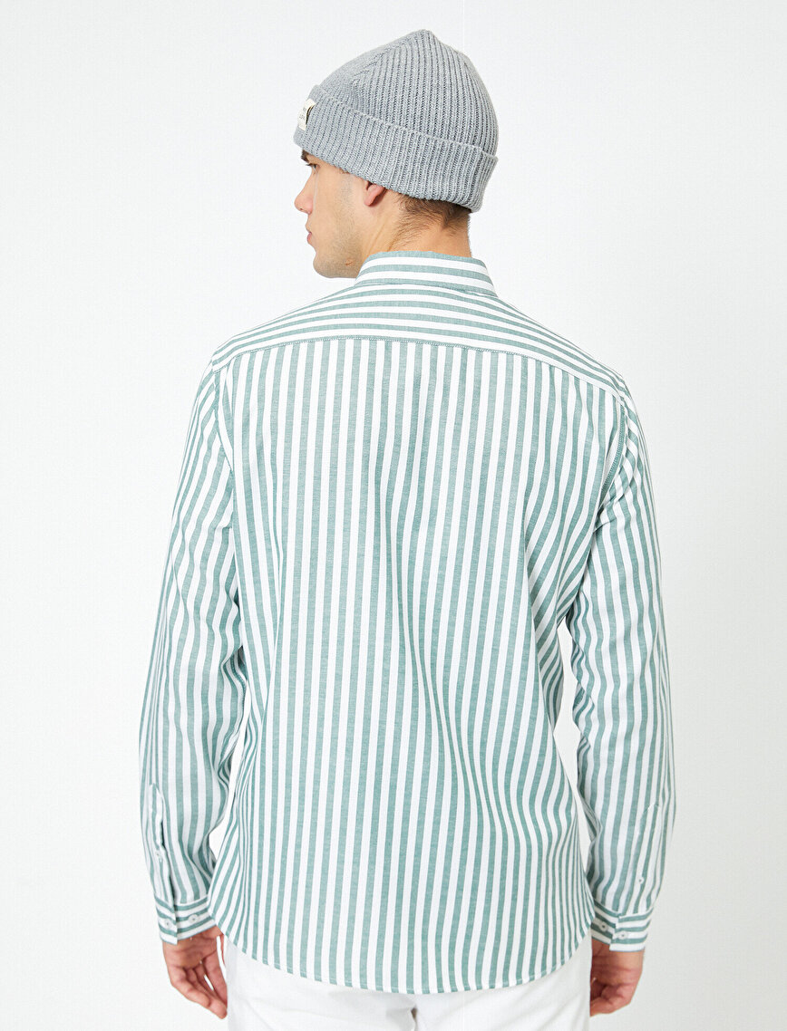 Düğmeli Yaka Çizgili Slim Fit Casual Gömlek