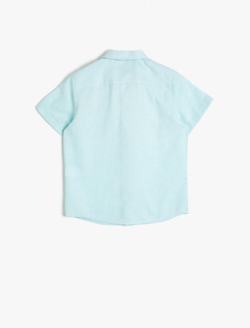Cepli Papyonlu Kısa Kollu Klasik Yaka Gömlek
