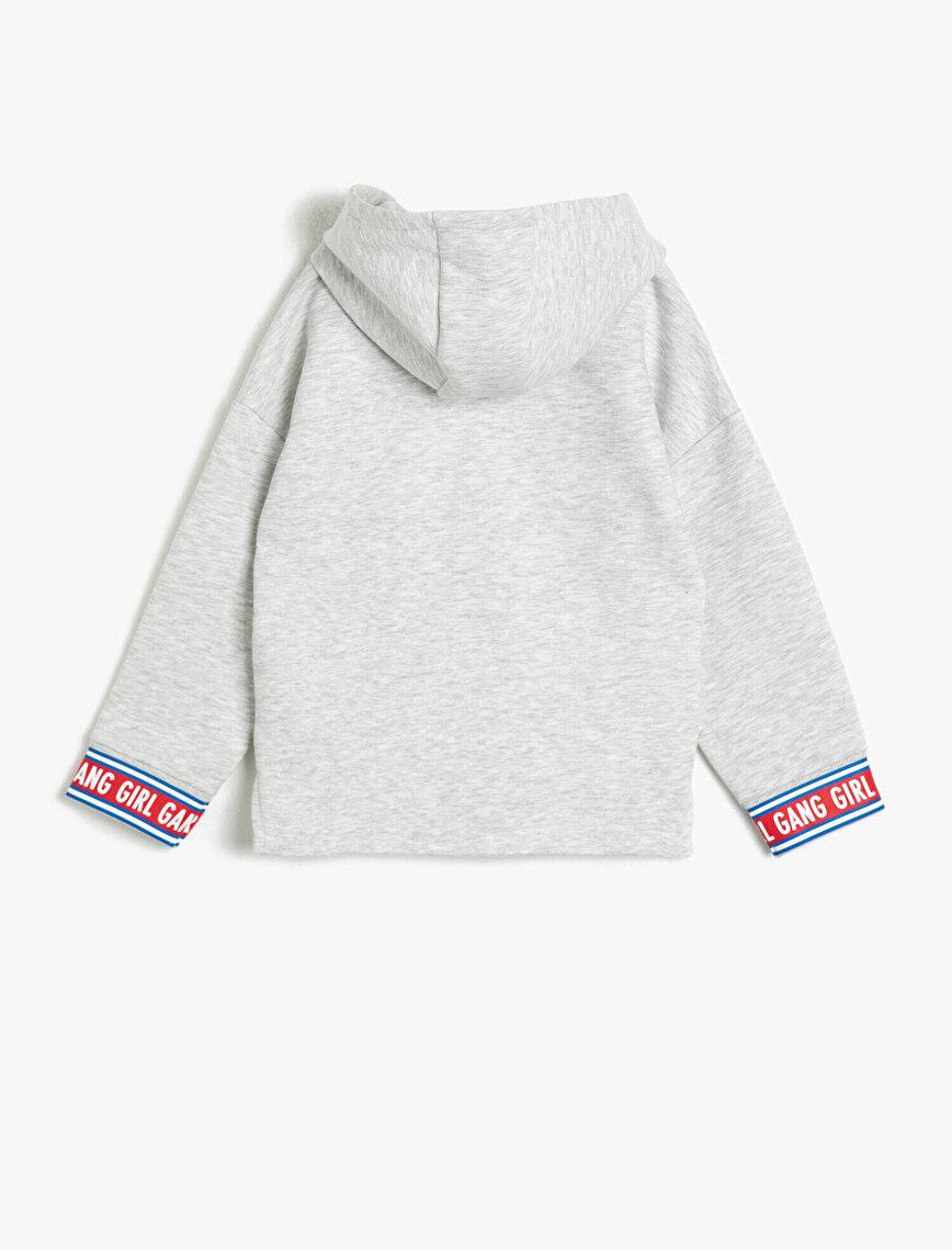 Kapüşonlu Kangru Cepli Baskılı Sweatshirt