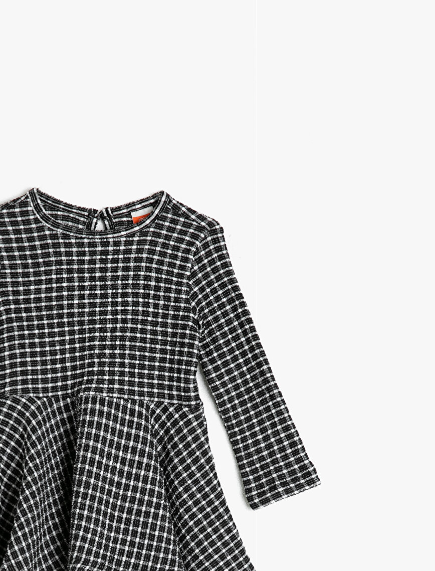 Crew Neck Long Sleeve Checked Frilled Dress