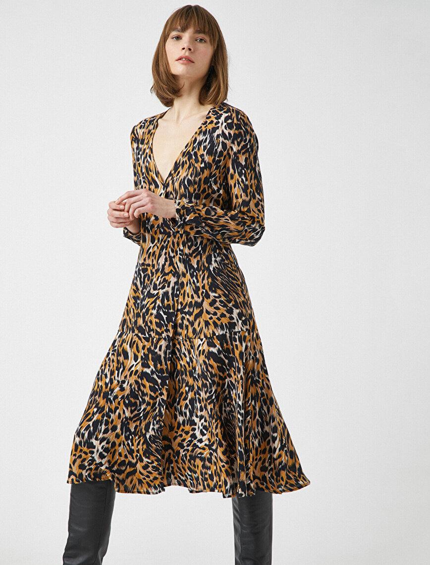 Uzun Kollu Leopar Desenli Elbise