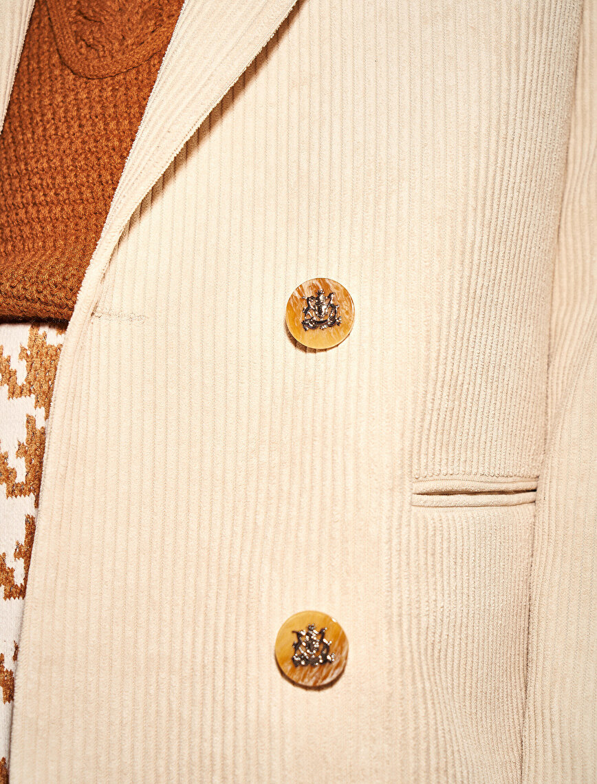 Skirtly Yours Styled by Melis Ağazat Corduroy Button Jacket