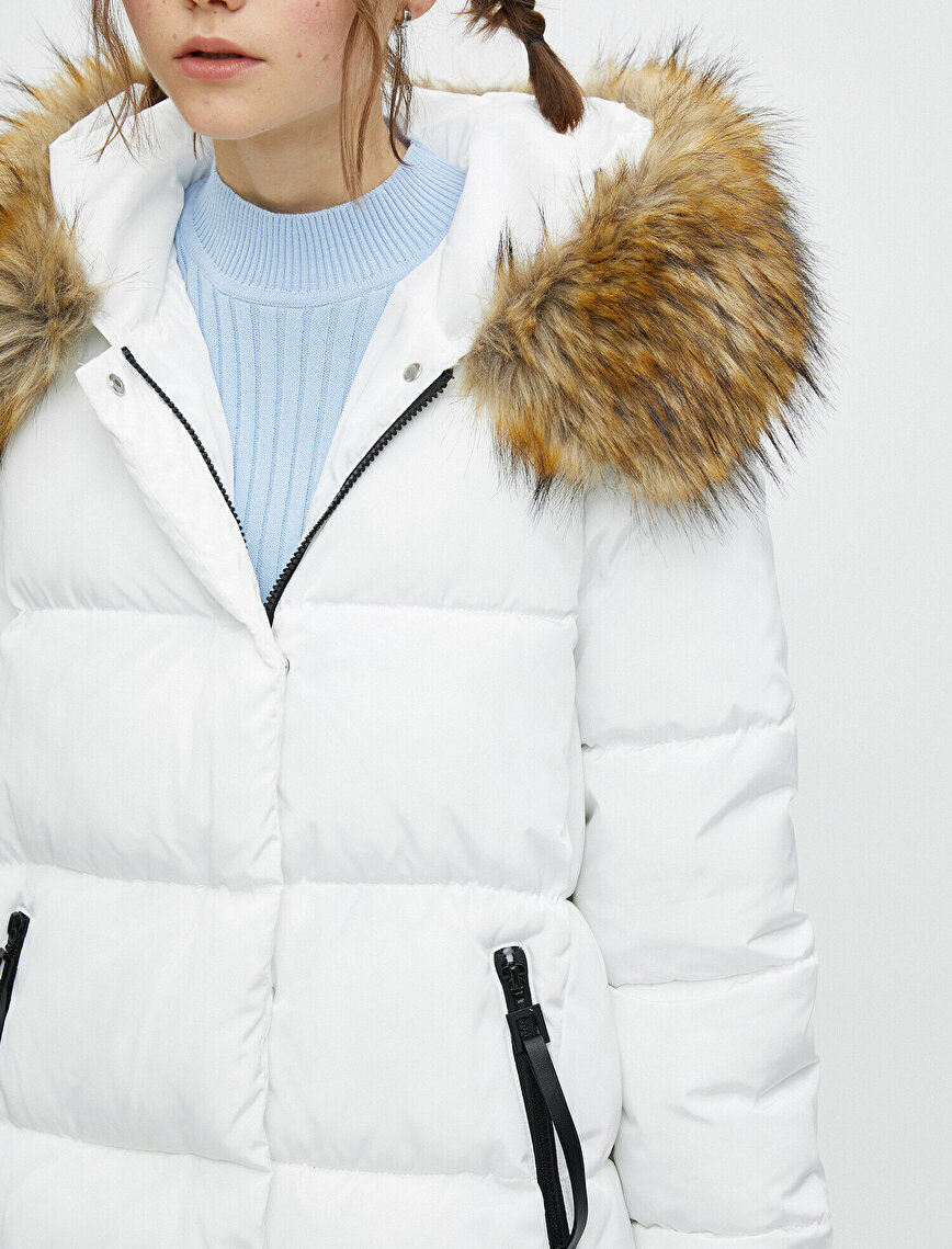 Faux Fur Detailed Hooded Puffer Coat