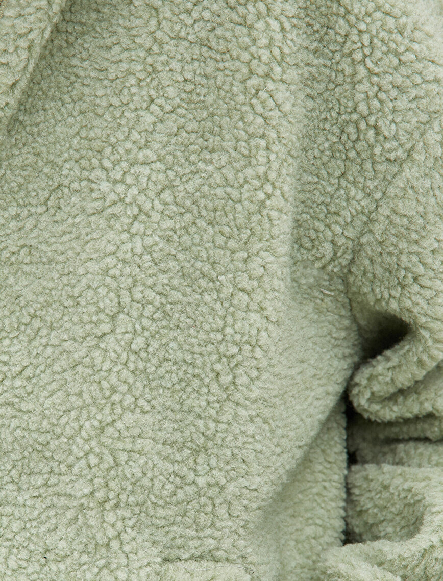 Kapüşonlu Fermuarlı Suni Yün Görünümlü Ceket