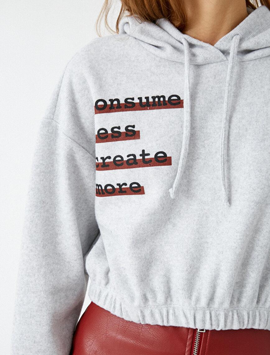 Respect Life | Yaşama Saygı - Hooded Letter Printed Crop Sweatshirt