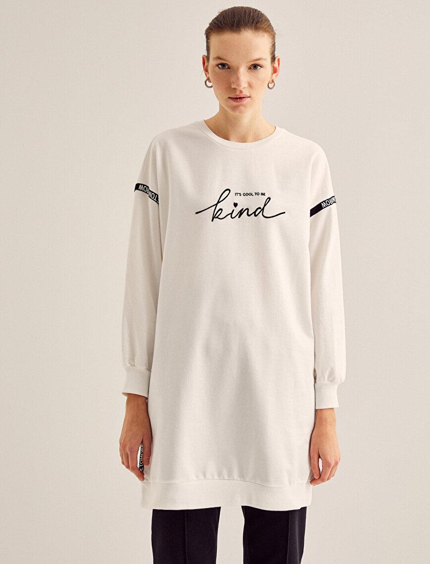 Balıkçı Yaka Yazılı Baskılı Sweatshirt