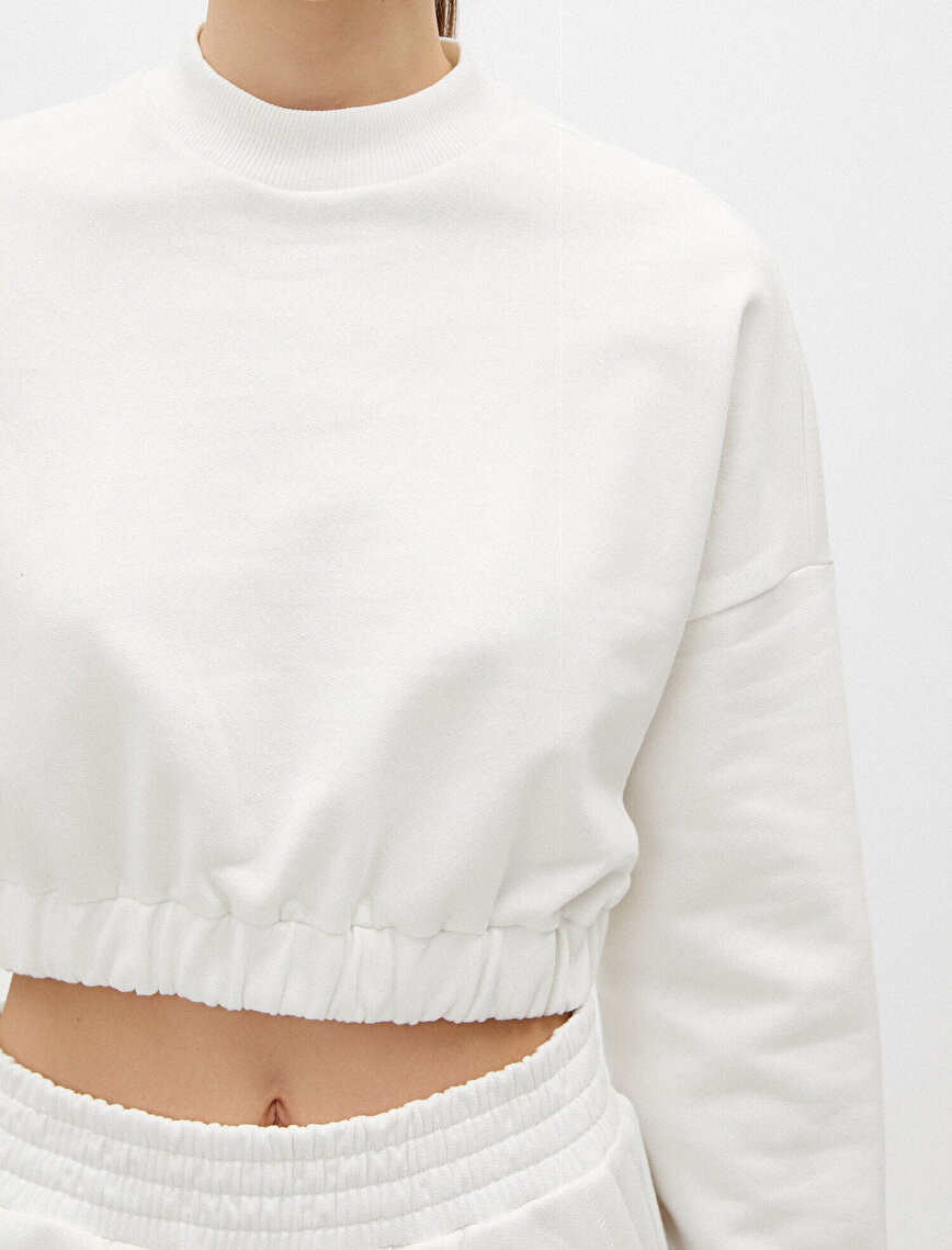 100% Cotton Crew Neck Crop Sweatshirt