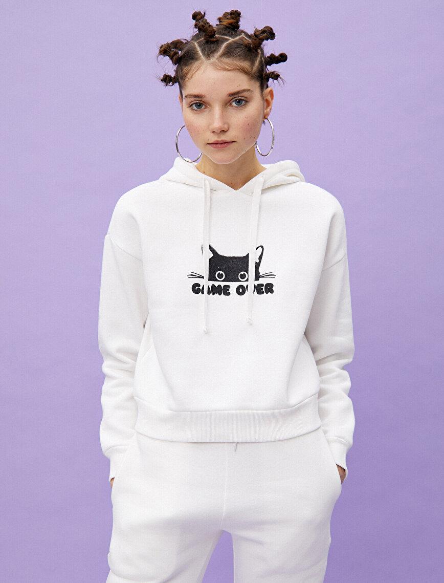 Kapüşonlu Slogan Baskılı Sweatshirt